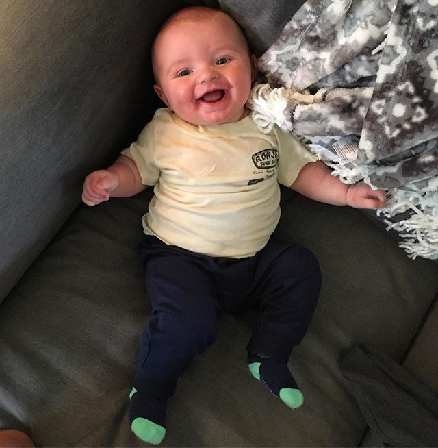 Cool enough to wear mommies hand me down tee shirts😄😄 . . .  #neverenoughpictures #sorry #6months #tommy #smiles #babyboy #fuzzhead #ronjonsurfshop #laughing #handmedowns #playtime