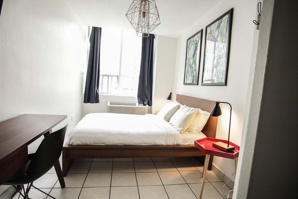 HI-Toronto-Private-Room-5.jpg