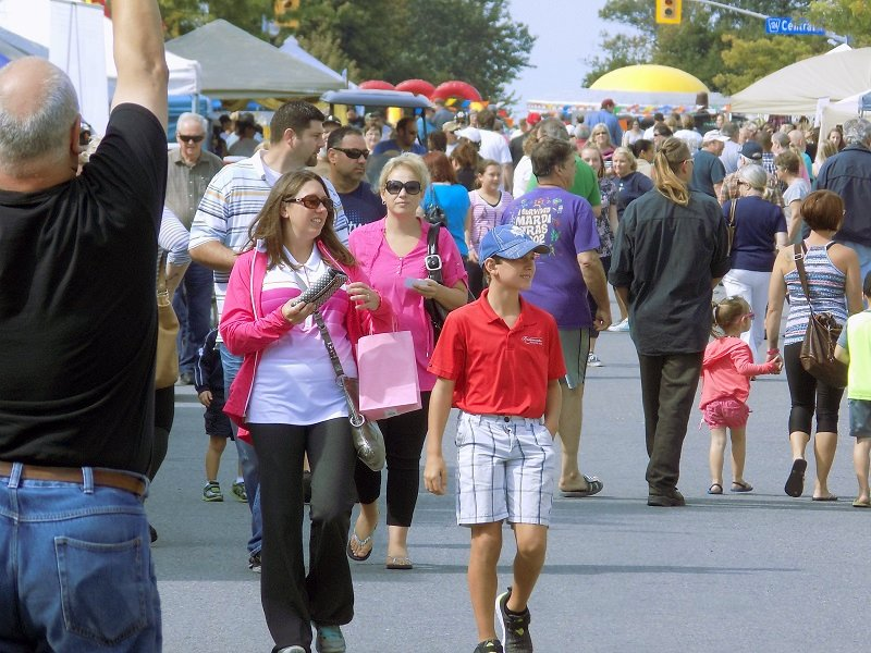 The premier Taste of Fort Erie held in September, 2015 was a huge success and brought more than 7000 visitors to downtown Fort Erie.