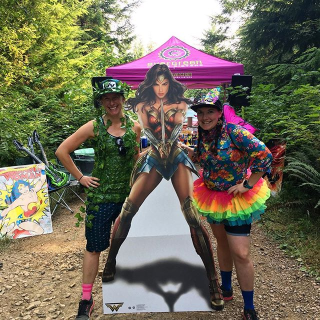 The woodsy timing squad today, posing with Wonder Woman at the aid station. What a fantastic day at the @sturdydirtyenduro 🙌  #gojuliana #sturdydirty #sturdybitchracing #roamevents