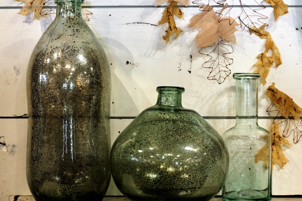 love all of the vases in the store
