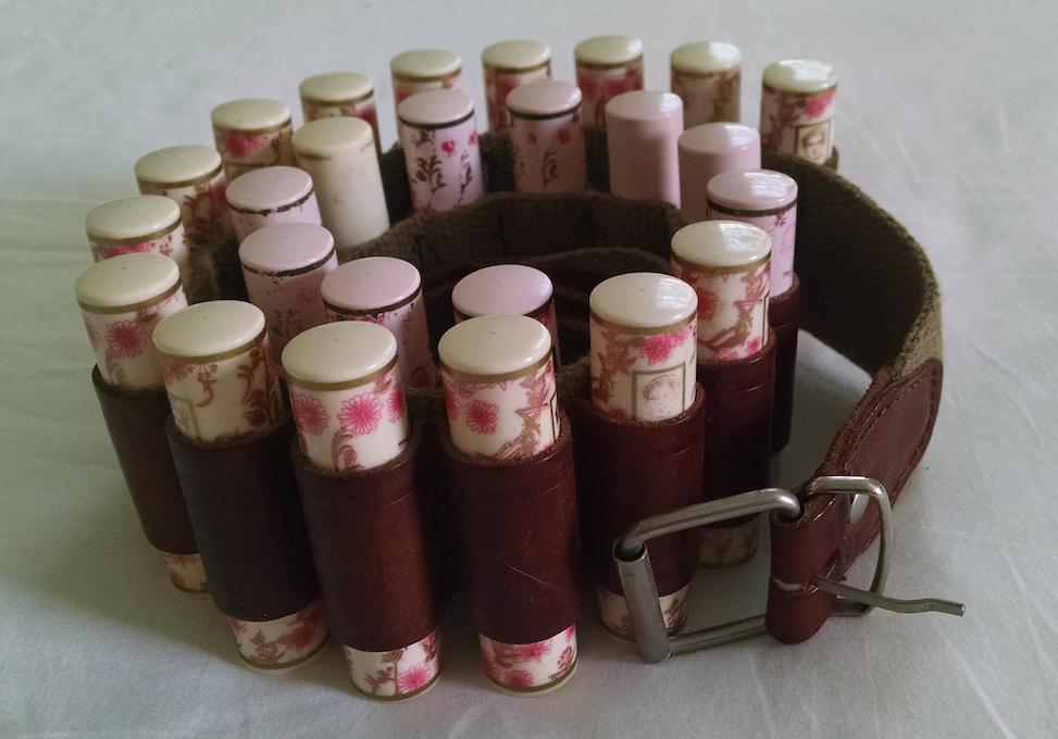 lipstick belt