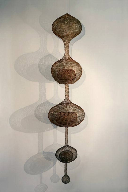 Untitled [S.143, Hanging Five-Lobed, Multi-Layered Continuous Form within a Form]  — Ruth Asawa, 1996 Oxidized copper wire 243.84 x 53.34 x 53.34 cm / 96 x 21 x 21 in  © Estate of Ruth Asawa Estate of Ruth Asawa, courtesy Christie's Photo: Laurence Cuneo © 2015