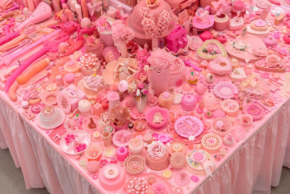 Portia Munson, Pink Project (2016). Courtesy of P.P.O.W.