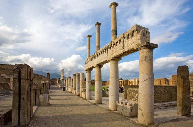 Naples & Pompei