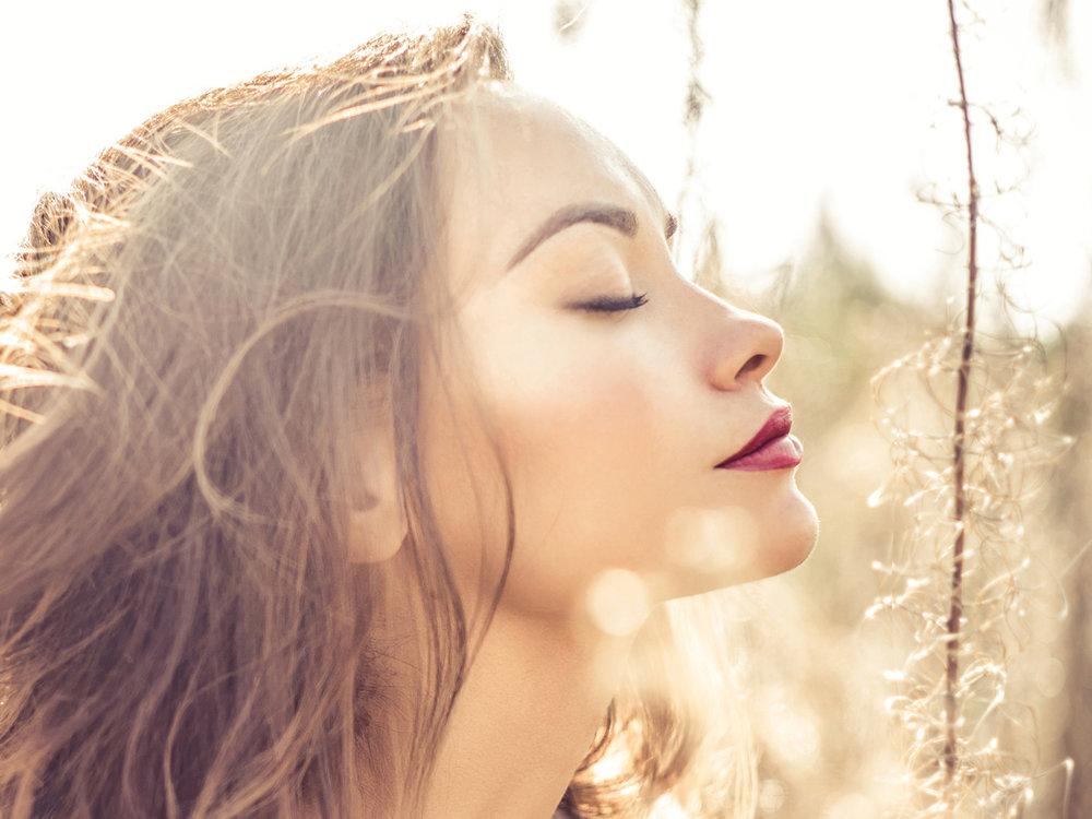 beauty_bears_coverbrands_vitamins_beauty_supply_girl.jpg