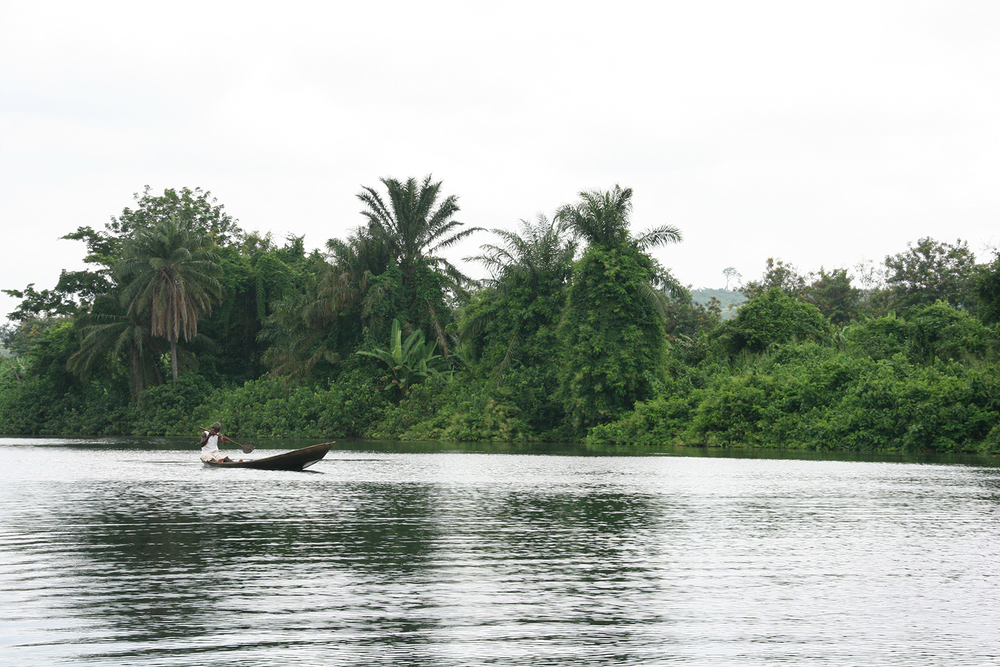 Volta river ghana.JPG