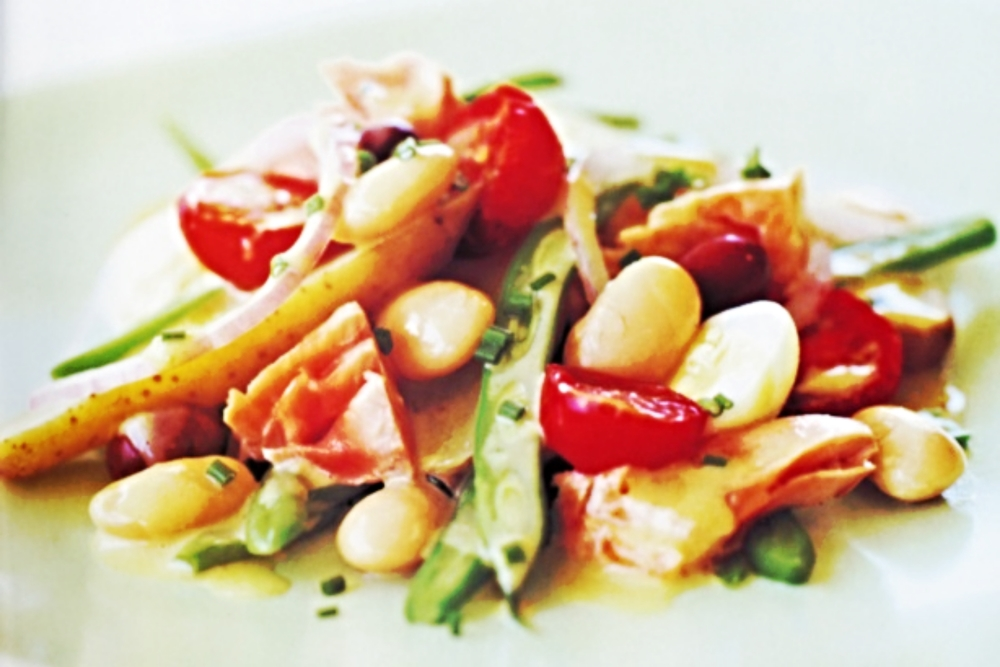 Salmon and Bean Nicoise Salad.jpg