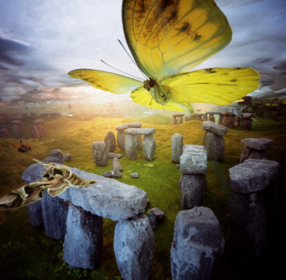 Vlinders over stonehenge