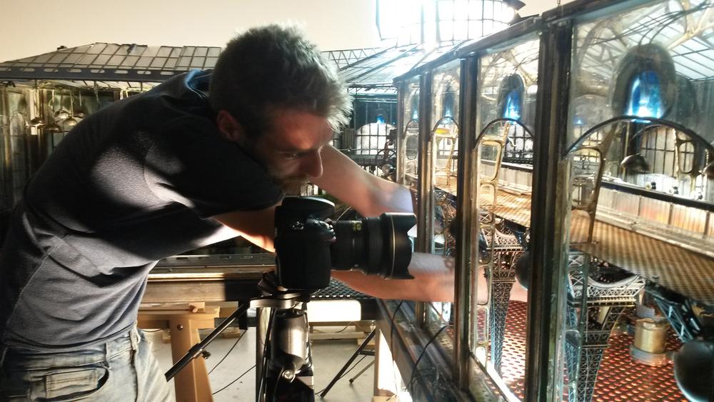 Andreas aan het werk.jpg