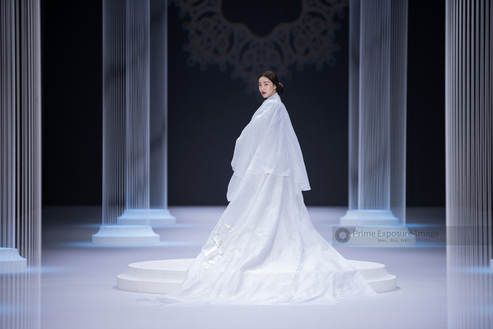 Lan Yu Couture Spring/Summer 2015 at The Grand Palais