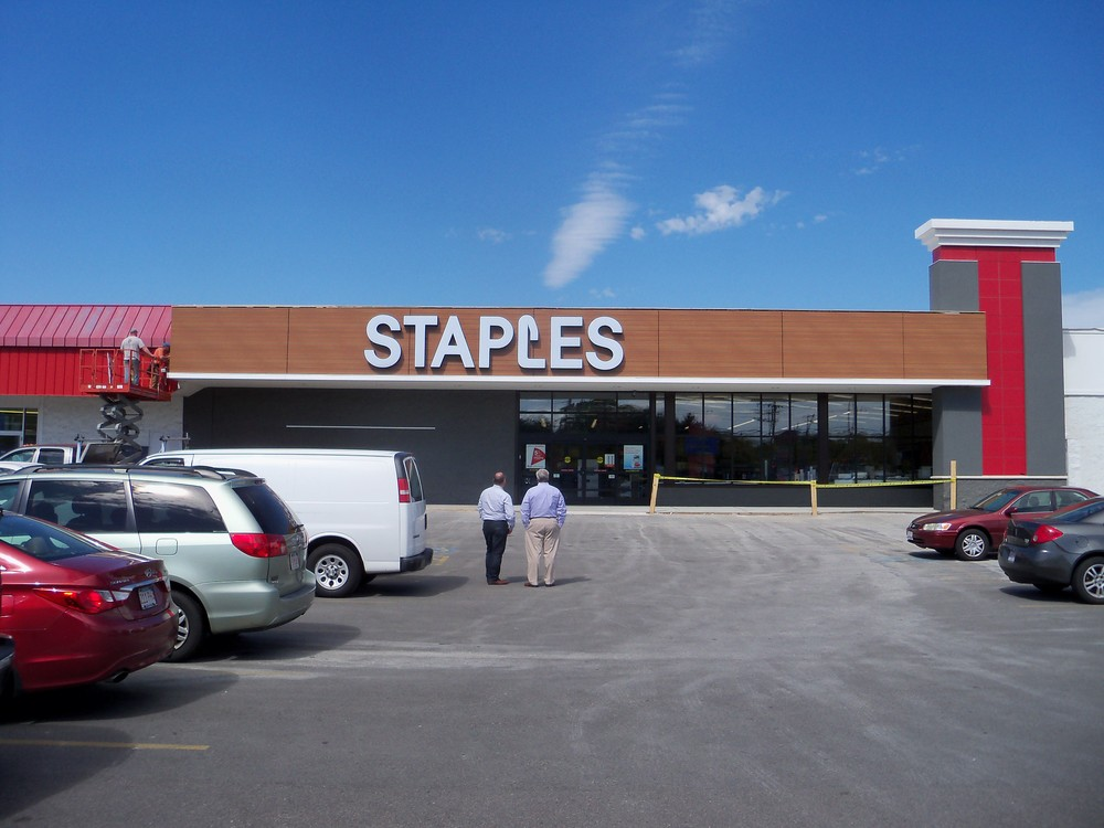 Staples Norwood 004.JPG