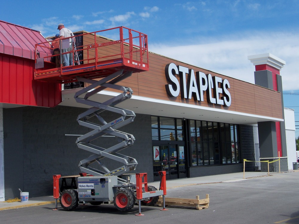 Staples Norwood 008.JPG
