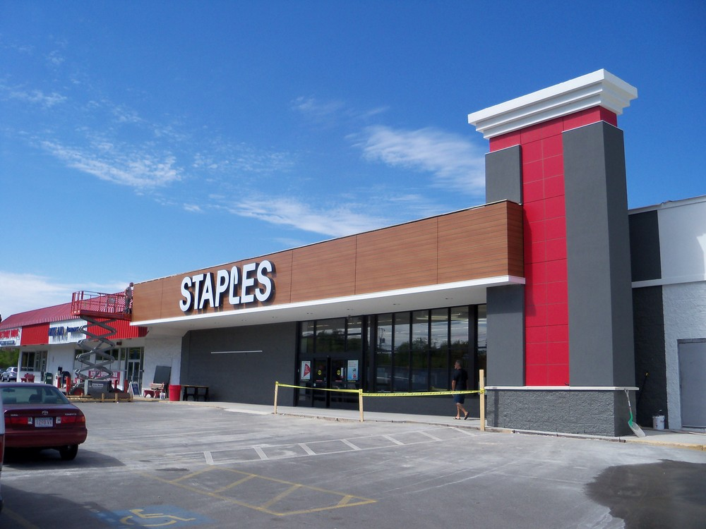 Staples Norwood 005.JPG