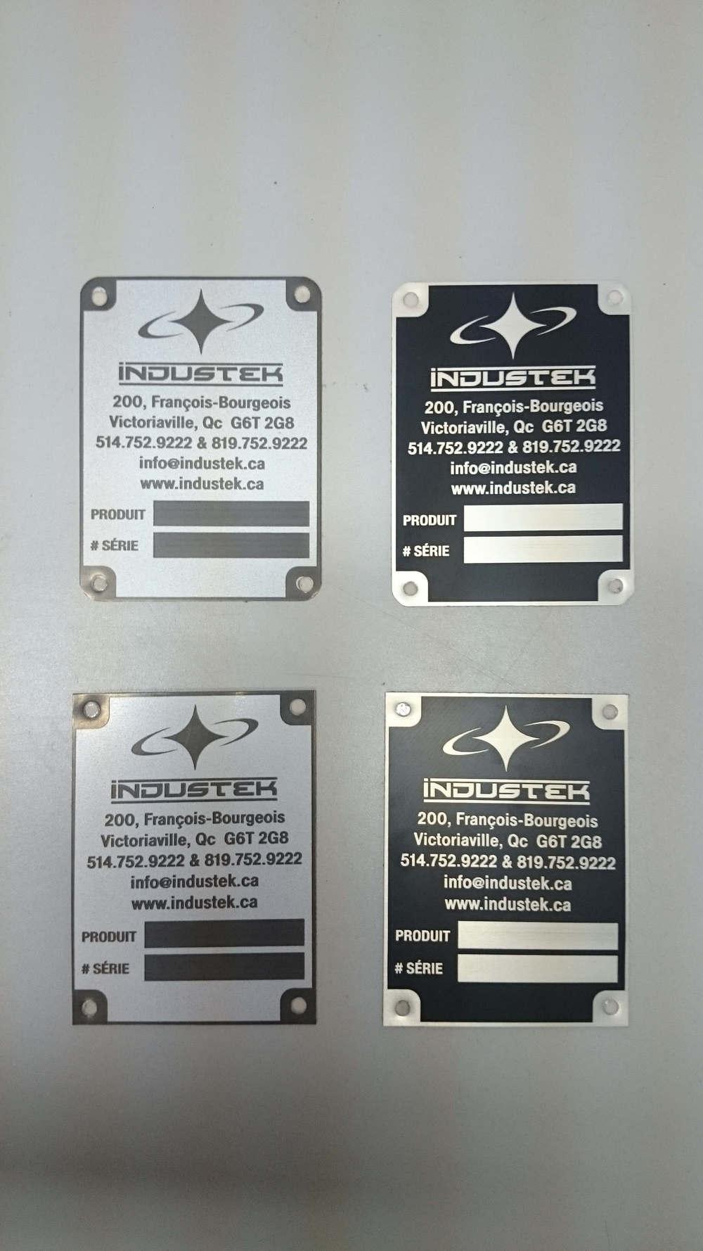 Plaques d'informations pour des transformateurs