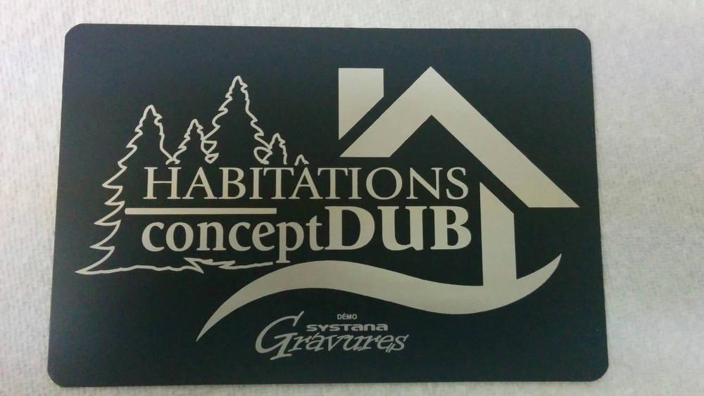 Plaque de plastique lamicoide gravée au laser avec le logo d'Habitation conceptDUB