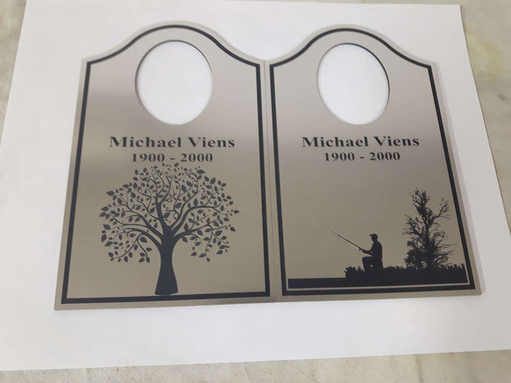 Silver plastic tags for an urn