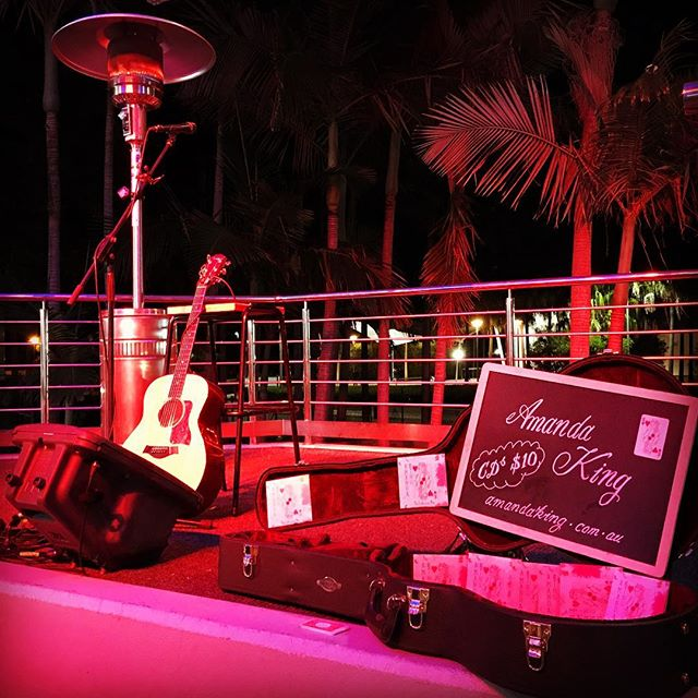 Keeping warm @ tonight's Arts Centre gig! #artscentregoldcoast #livemusicgc