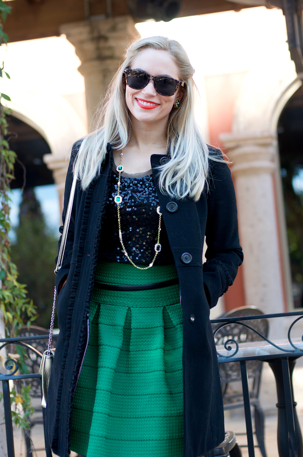 BlackAndGreenHolidayLook3.jpg