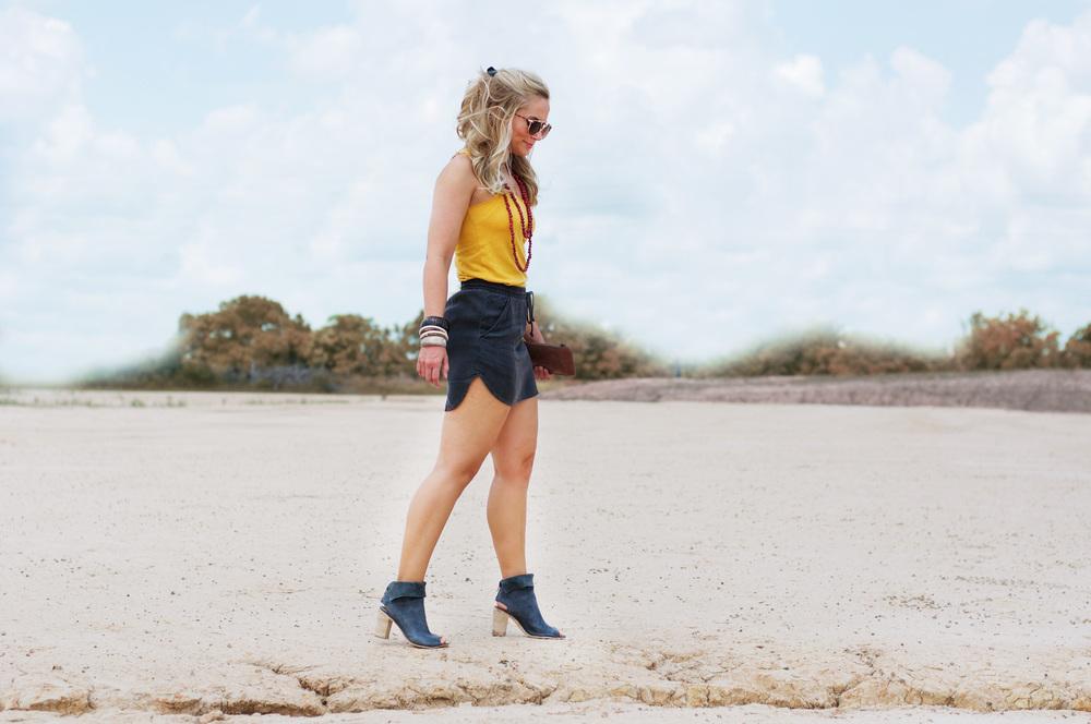 Charcoal Linen Skirt2.jpg