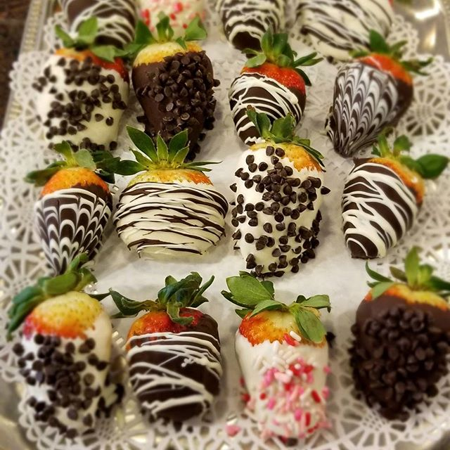 Mara's is for lovers! #chcolate #valentine's day #denville #chocolatecoveredstrawberries