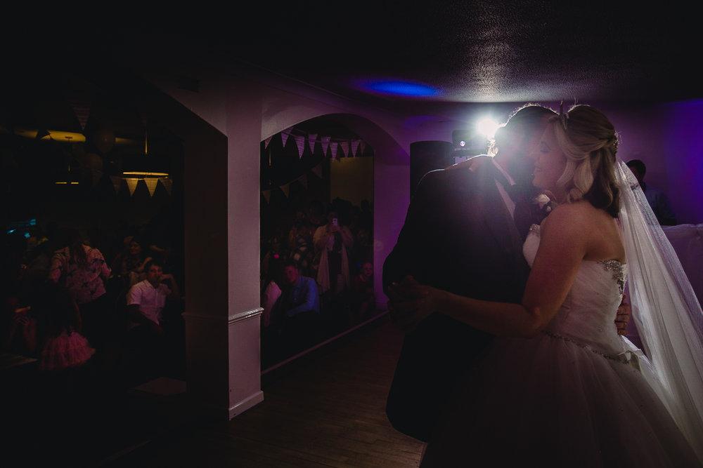 Devon-wedding-photographer-15.jpg