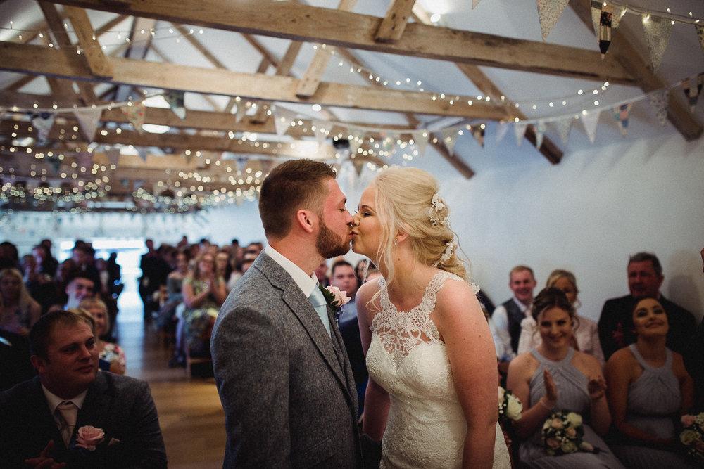 The_Green_Cornwall_Wedding_Photographer-11.jpg