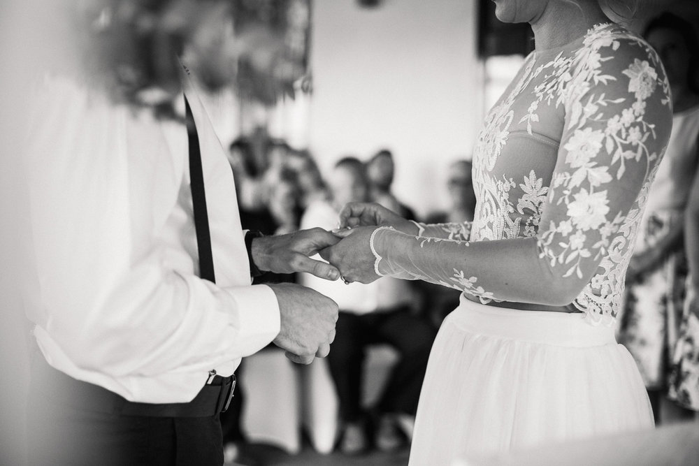 Elgin_Wedding_Photographer-24.jpg