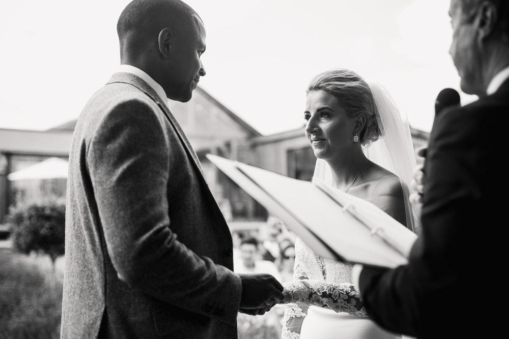 Upton_Barn_Wedding_Photographer_Devon-23.jpg