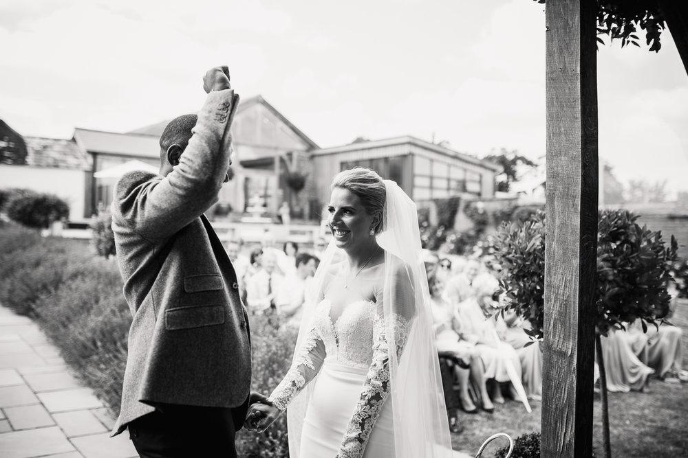 Upton_Barn_Wedding_Photographer_Devon-26.jpg