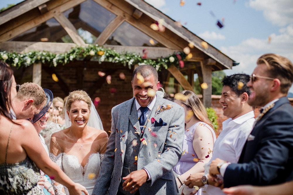 Upton_Barn_Wedding_Photographer_Devon-28.jpg