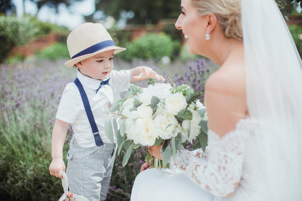 Upton_Barn_Wedding_Photographer_Devon-44.jpg