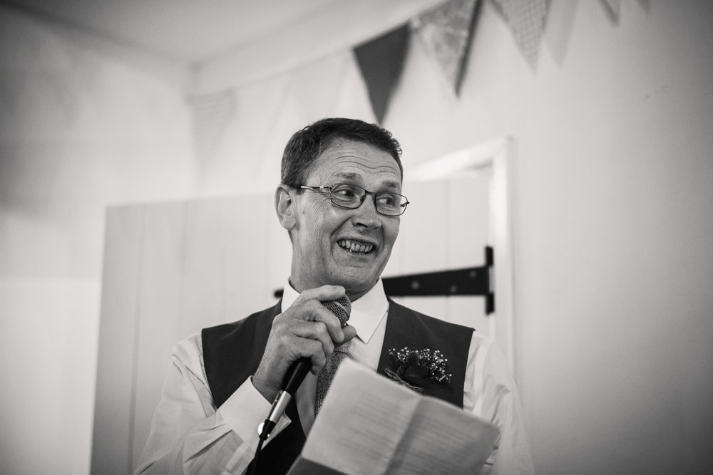 OLD_BARN_WEDDING_PHOTOGRAPHER_SPEECH-2.jpg