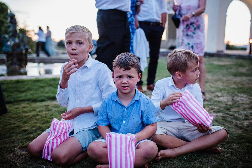 Rcokbeare_Manor_Wedding_Photographer_Exeter-107.jpg