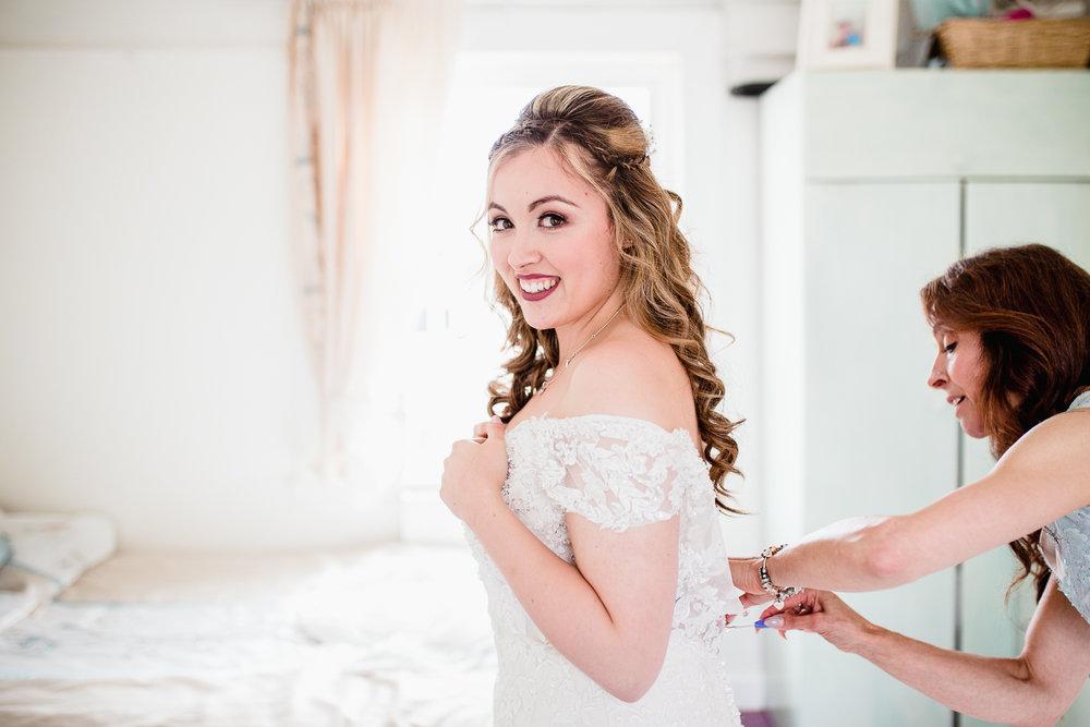 Kathryn_Clarke-Mcleod_Wedding_Photography-5.jpg
