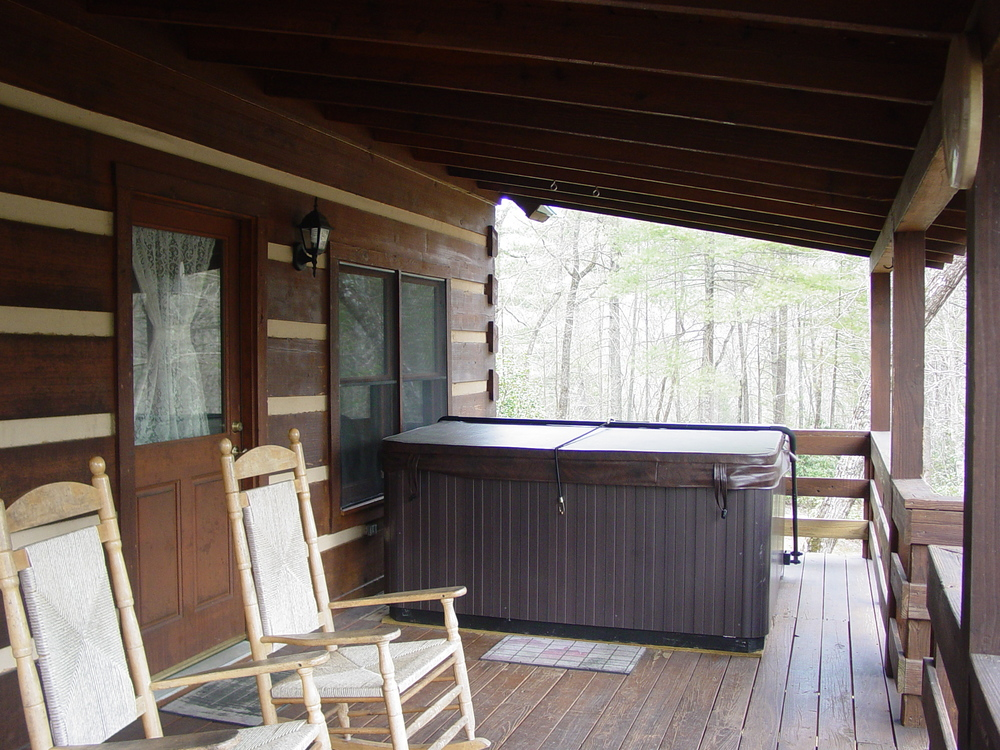 04.11.2013_ Hot Tub_Porch_045.JPG