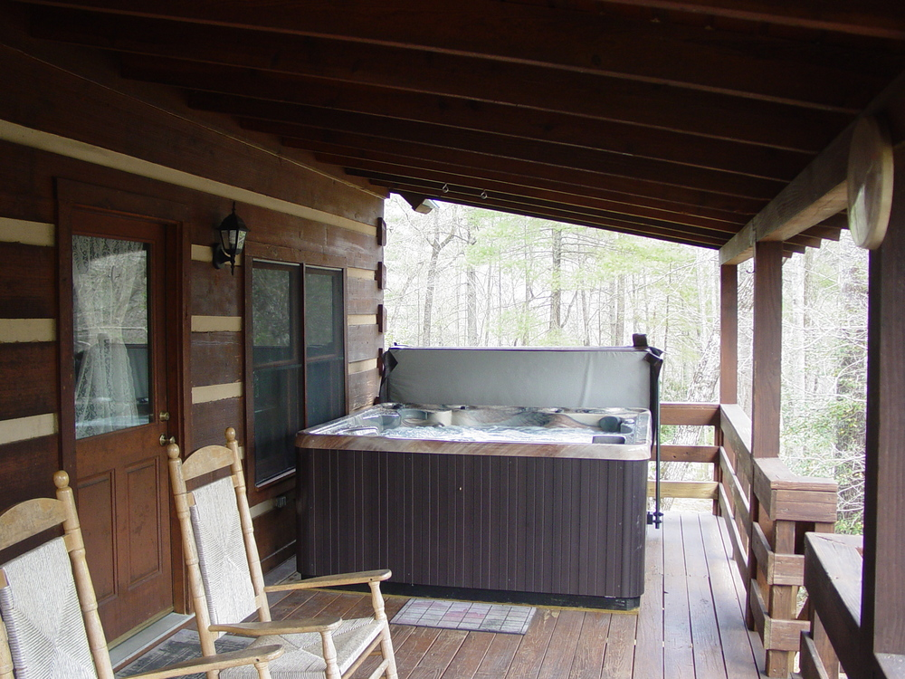 04.11.2013_ Hot Tub_Porch_053.JPG
