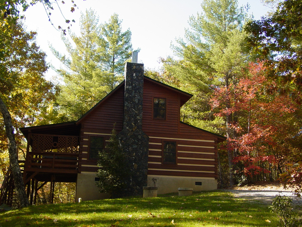 Mountain Laurel Semi-Private Log Cabin