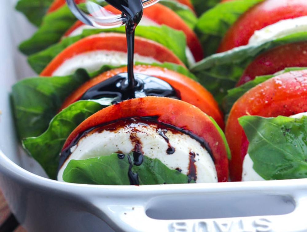 tomato_mozzarella_salad.jpg