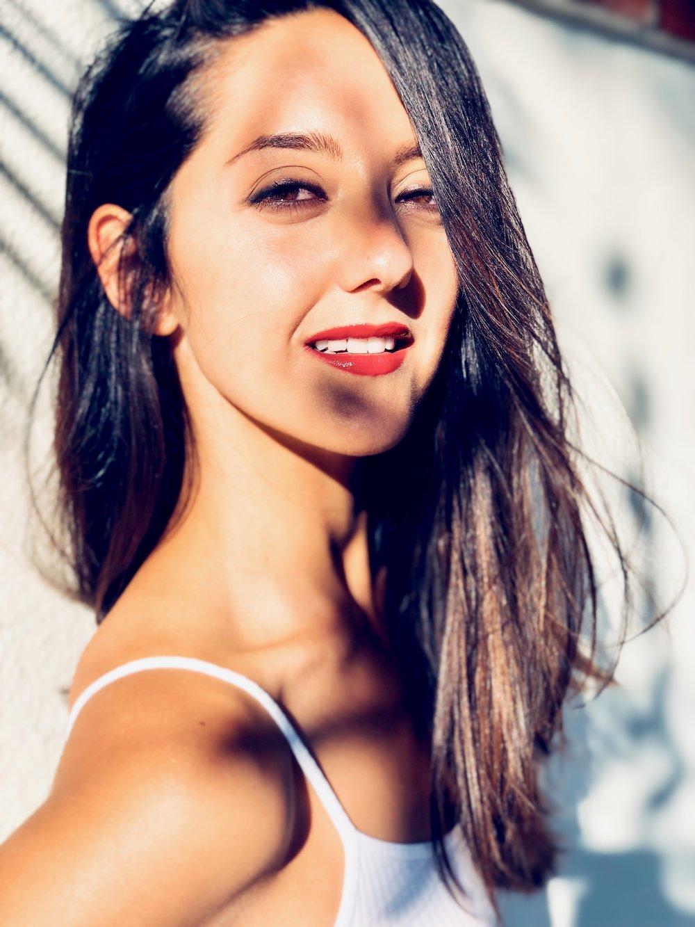 Adriana DeGirolami Nude Photos 37