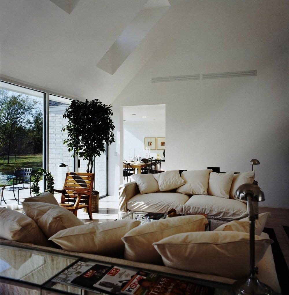 Hugh Newell Jacobsen Dream House for Sale.