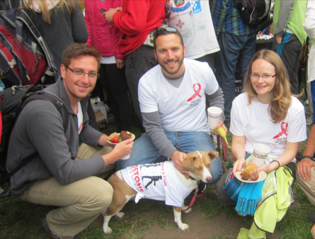 2014 AIDS Walk Team Captain Roy Dar with other members of GlVI (and Team MVP Yaya!)