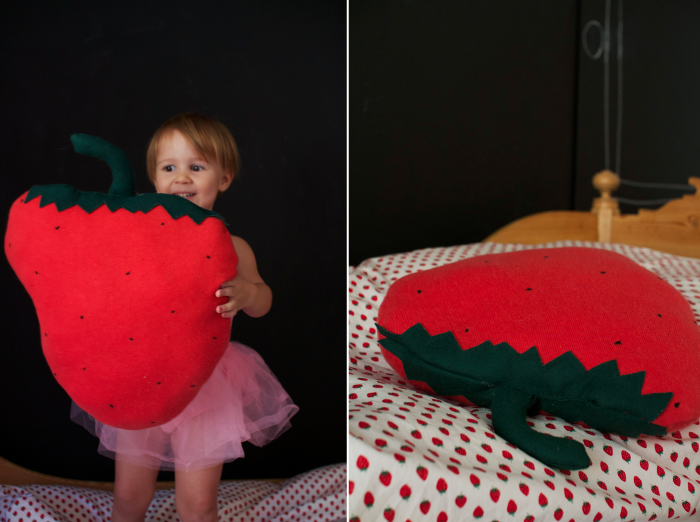 strawberry-pillow-diy4