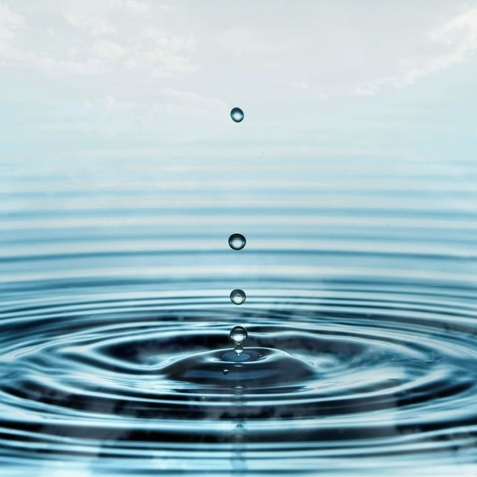 water-drop-wallpaper-8.jpg
