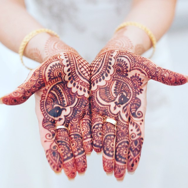 Obsessed with this beautiful photo provided by @stilllifestudios for the Bella Rose Estate Wedding &  Event Brochure. Can't wait to see what photos will be featured for 2019!  #hennawedding #mehndi #bellaroseestate #azweddingphotographer