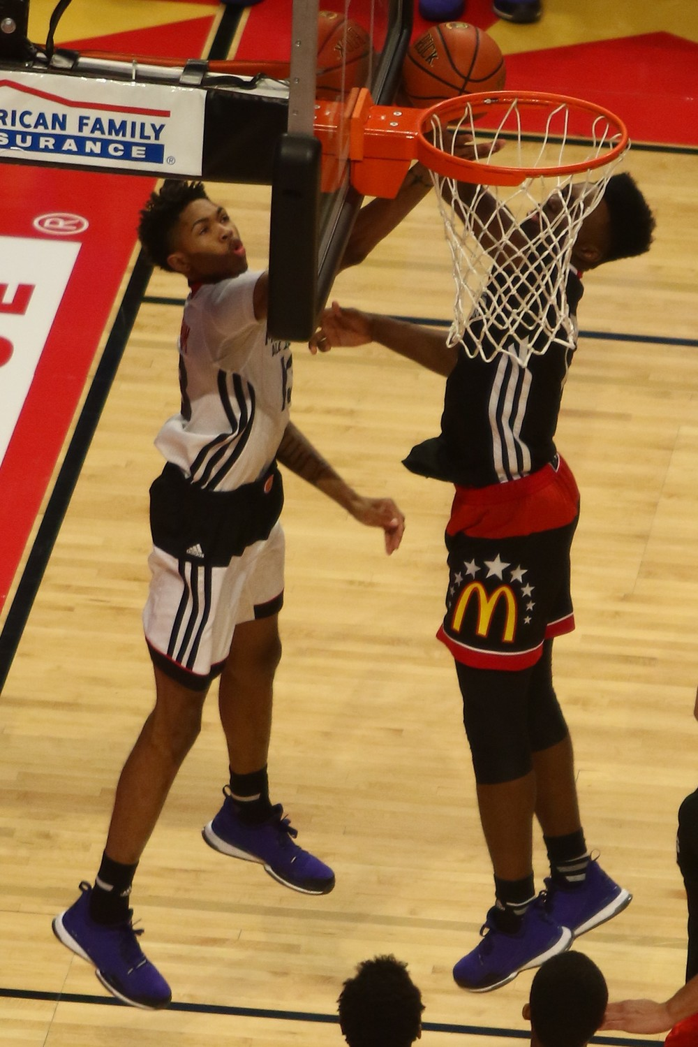 Brandon Ingram from behind the backboard at the 2015 McDonald's All-American Game