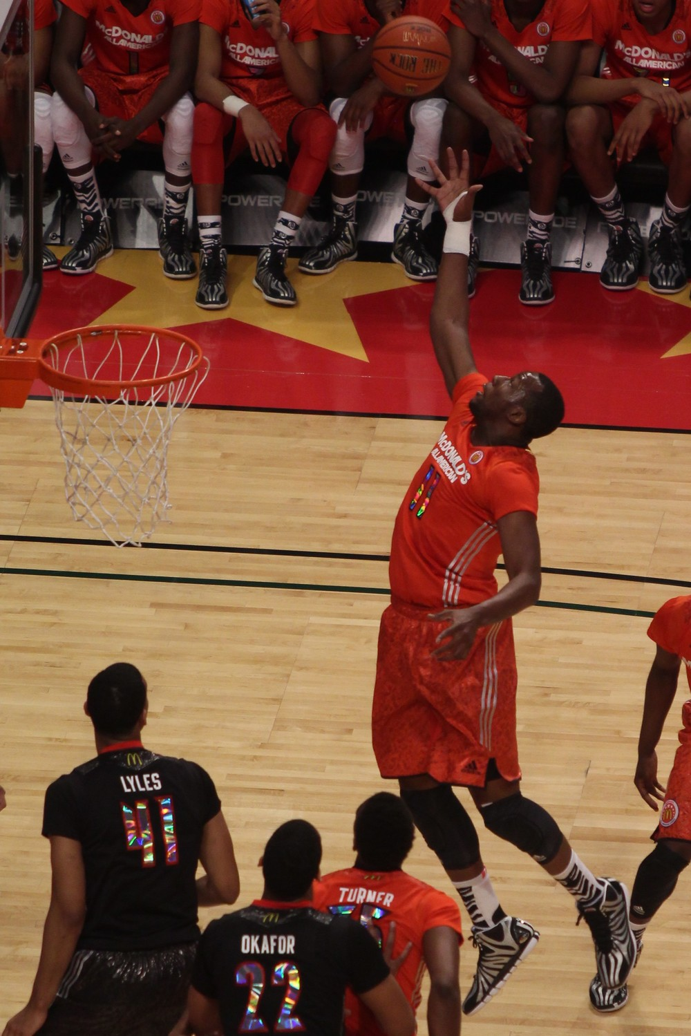 Cliff Alexander rebounding in the 2014 McDonald's All-American Game