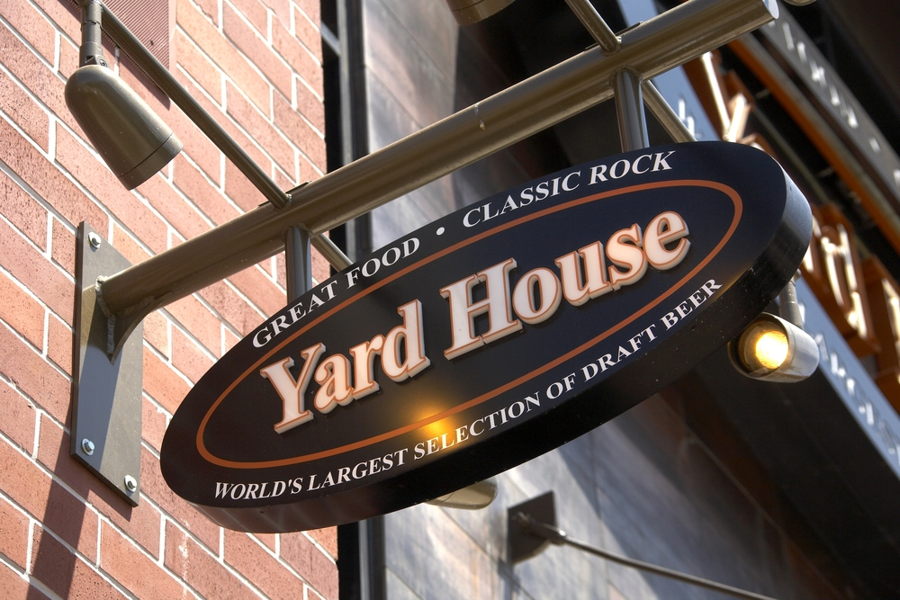 7-yard-house-sign.jpg