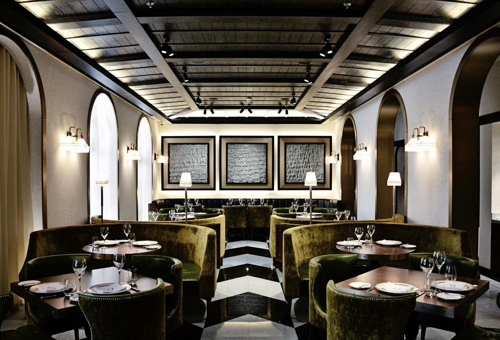 An Olive's Restaurant Interior
