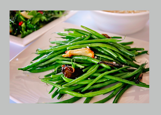 Haricots Vert with Roasted Shallot & Fennel